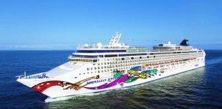 CruiseFirst Norwegian Jewel Arrives in Hawaii