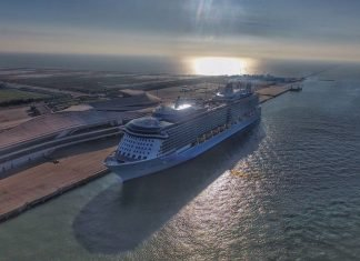 Royal Caribbean Extends pause in ship operations