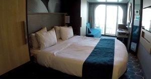 Cruise vs All Inclusive Resort Cabin