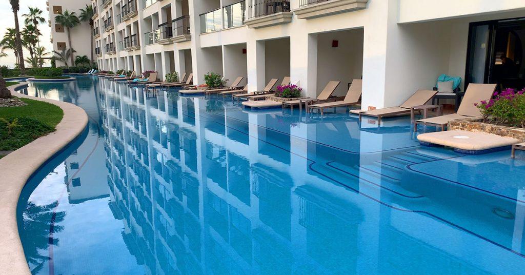 Cruise vs All Inclusive Resort Swim up