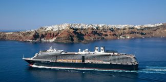 Holland America Extends pause