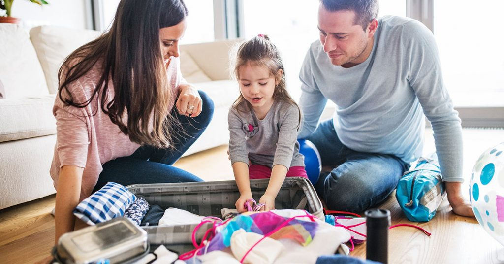 cruise mistakes young family with a child packing