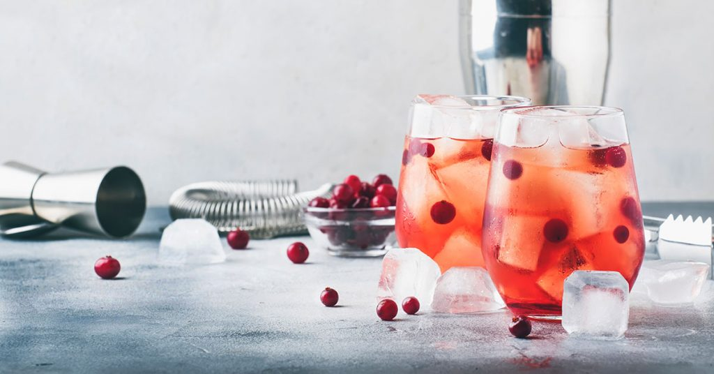 Fall cocktail recipes cranberry cocktail