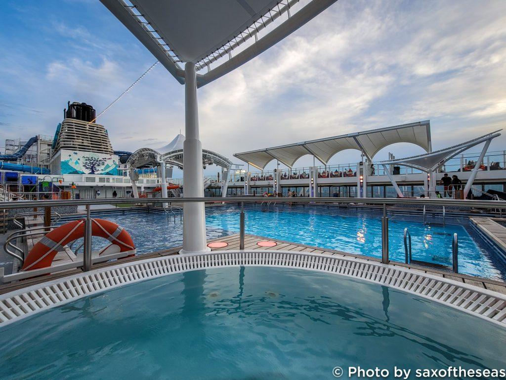 Singapore Cruise Hot tub