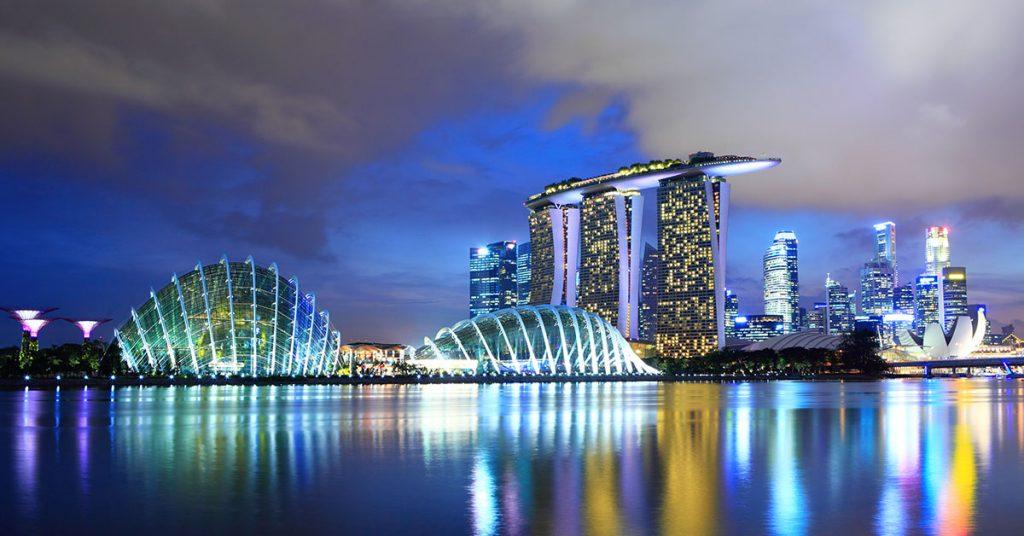 Singapore cruises return