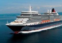 Cunard Queen Elizabeth at Sea