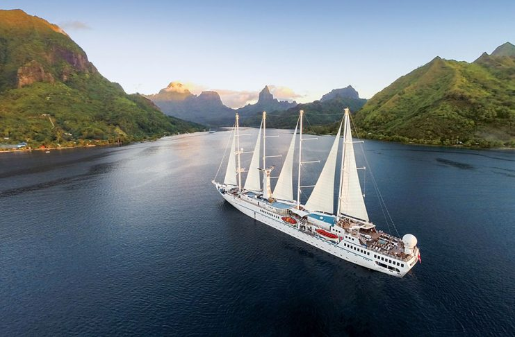 Windstar Cruises Wind Spirit in Tahiti