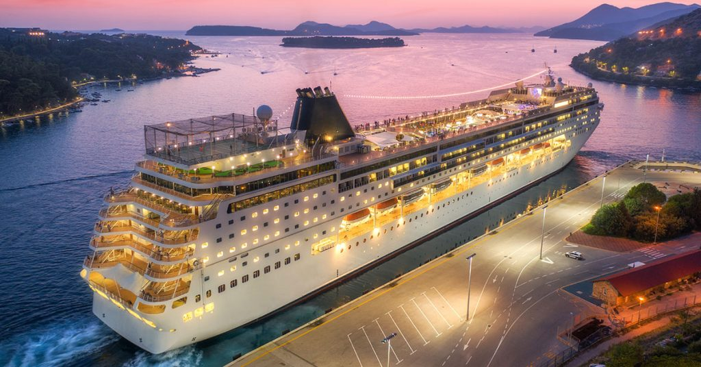 Planning a group cruise - cruise ship in port a night