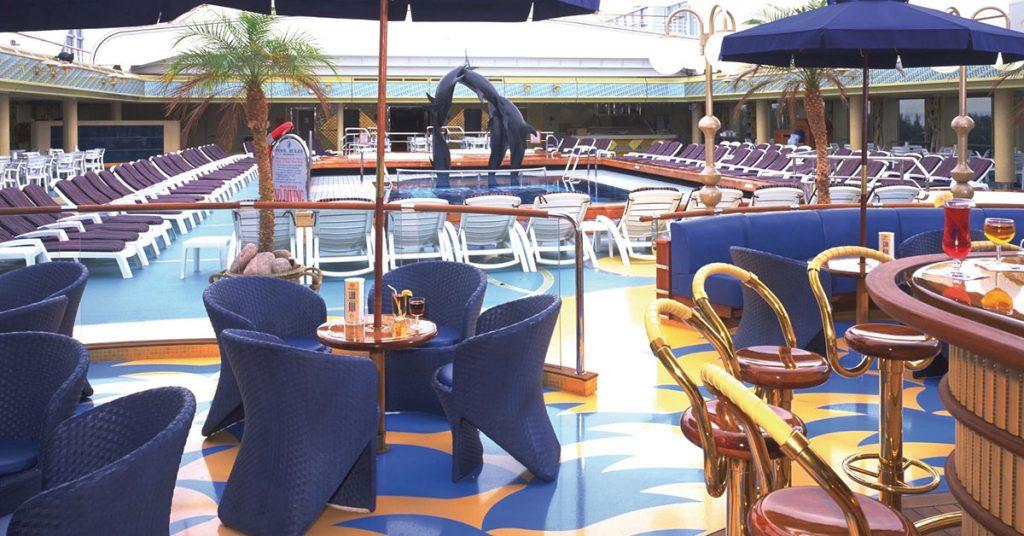 Holland America Zaandam-Lido-Pool-Deck
